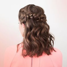 Real talk: You're probably going to a million weddings this summer. Luckily we have a ton of beautiful easy hairstyles for you to master for the big day (okay days) like this half-up crown braid. (Because the hardest part of getting ready should be choosing an amazing hairstylenot the styling part.) Tap the link in our bio to find the one for your next big weekend!