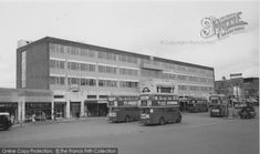 Photo of Morden, Station Parade from Francis Frith London History, Local History, London Bus, Old London, Old Street, Travel Oklahoma, London Underground, South London, Portugal Travel