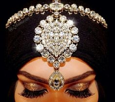 Beautiful hijab jewlery