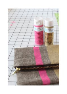 Little Pin Cushion Studio: DIY Painted fold-over clutch..