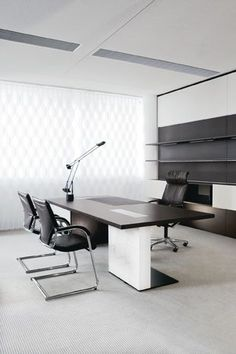 Office Furniture In Sophisticated Cities Has To Be Very Industry Specific,  Especially When It Comes