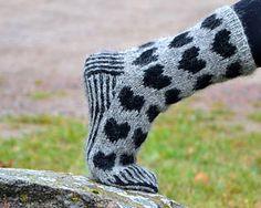 A sock full of hearts/Hjärtesocka by Ann Linderhjelm - free