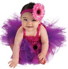 Looking for a dance class for your toddler? Read all about our twinkling 2's classes on this week's blog post http://www.sharonsdance.com/posts/dance-for-toddlers/