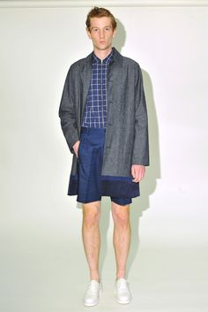One can always expect a youthful vibe from Timo Weiland, and the spring collection didn't stray too far from the oeuvre of designers Timo Weiland, Donna Kang and Alan Eckstein. Denim Button Up, Button Up Shirts, Timo Weiland, Fashion News, Mens Fashion, Spring Summer 2016, Ss16, Spring Collection, Presentation