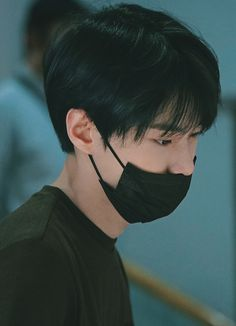 NCT Doyoung at the Airport) Nct U Members, Nct Dream Members, Nct 127, K Pop, Nct Doyoung, Kim Dong, Entertainment, Fandoms, Winwin