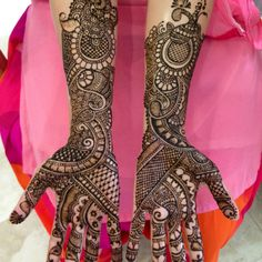 Mehendi for Hand!! Actually kinda liking not being able to follow out the curves =)