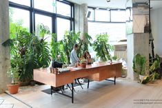 Next to the Soho House in Berlin on the Torstrasse you'll find The Store. The concept store by the makers of the Soho House. It's a large space where you can find food, fashion, design, plants and music. Upstairs there's even a hair dresser for...