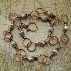 Copper Links with Silver Beads Copper Jewelry, Wire Jewelry, Jewelry Crafts, Beaded Jewelry, Wire Necklace, Wire Wrapped Necklace, Copper Necklace, Earrings, Beads And Wire