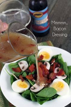 Spinach Salad with Hot Bacon Dressing - Yummy 'tizers - Salat Rezepte Warm Bacon Dressing, Dressing For Fruit Salad, Salad Dressing Recipes, Salad Dressings, Spinach Dressing Recipe, Bacon Spinach Salad, Spinach Salad Recipes, Wilted Spinach Salad, Soup And Salad