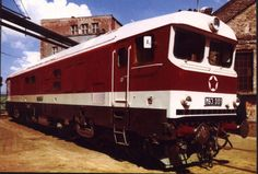 1970 Budapest, Hungary The most beautiful diesel locomotive. Ganz Engine: 2700 HP, layout Co,Co The maximum speed is 160 km / h Diesel Locomotive, Ann Arbor, Commercial Vehicle, Automobile, Budapest Hungary, Locs, Airplanes, Vehicles, Engine