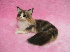 털실로 만든 고양이.jpg