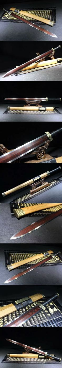 A thin, guard-less Chinese sword Swords And Daggers, Knives And Swords, Katana, Lame Damas, Types Of Swords, Cool Swords, Sword Design, Arm Armor, Fantasy Weapons