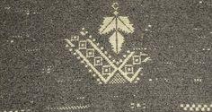 Foto in Sardegna: #sardinia #telaiomanuale #littos #littoscreazioni #artigianatosardo #weaving #tessitura #tappeto #carpet #pibiones #ranu #mosaico - via http://ift.tt/1zN1qff