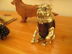 little golden pug trinket