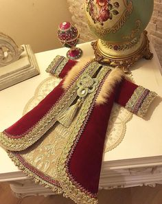 Prince Costume, Girls Dresses, Formal Dresses, Painting Patterns, The Dress, Fashion Dresses, Gowns, Caftans, Bridal
