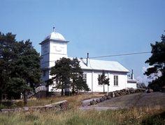 Haapasaaren kirkko. Kuva: MV/RHO 12712 Marja-Terttu Knapas 1976 Gazebo, Outdoor Structures, Kiosk, Pavilion, Cabana