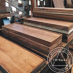 #enproceso huellas para escalera fabricadas en madera de #tzalam. #tricasa #woodwork #group #excelenciaencarpinteria