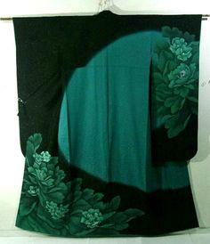 Furisode Yukata Kimono, Kimono Coat, Kimono Fabric, Traditional Japanese Kimono, Traditional Looks, Traditional Outfits, Japanese Textiles, Japanese Prints, Japanese Design