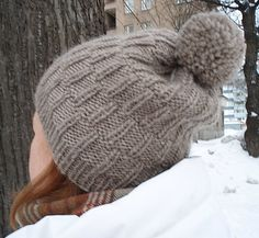 VIIRU HAT - get the pattern (english or finnish): tuuma -blog