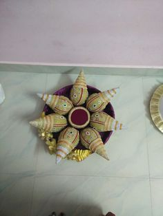 Coconut decoration Fruit Decorations, Diwali Decorations, Indian Wedding Decorations, Birthday Decorations, Engagement Gift Baskets, Engagement Decorations, Coconut Decoration, Marriage Gifts, Flower Rangoli
