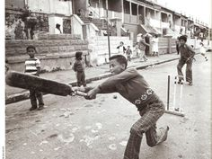 street games in District 6 in the early Photo taken by Jim Mclagan for the Cape Argus. Life Is Like, What Is Life About, Apartheid Museum, Cape Town South Africa, Slums, My Land, Old Photos, Vintage Photos, Latest Pics