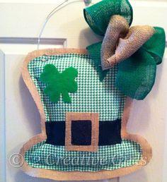 St Patrick's Day / Leprechaun Hat Burlap Door Hanger by 2CreativeGirls on Etsy https://www.etsy.com/listing/179827491/st-patricks-day-leprechaun-hat-burlap
