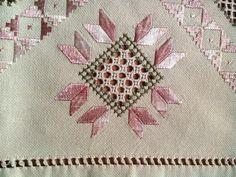Traditional Transylvanian linen hand by TransylvaniaMania on Etsy