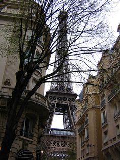 Paris in the Spring! love walking Paris streets...