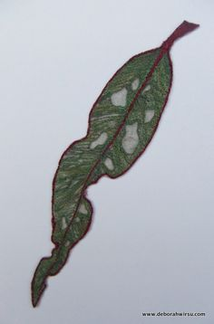 Textile leaf made from organza and thread. Sewing Machine Embroidery, Embroidery Applique, Embroidery Ideas, Decorative Leaves, Leaf Art, Textile Artists, Fiber Art, Plant Leaves, Textiles
