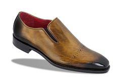 Giày da nam cao cấp hiệu weeko mã số wk0817006 thuộc loại giày derbys cao cấp, giày làm bằng da Pháp và Ý đánh màu patina. Đế giày làm bằng da Ý cao cấp, kiểu dáng trẻ trung, sang trọng. Chi tiết liên hệ www.giayvnxk.com hoặc hotline 0944826336 #giaydanamcaocap, #giayhieu, #giayweeko, #giaycongso, #giaynamcongso, #giayda, #giayxuatkhau, #giayvanphong, #giaydanam