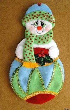 Christmas Crafts, Christmas Ornaments, Christmas Stockings, Holiday Decor, Handmade, Diy, Home Decor, Queen, Snowman