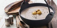 Soupe de châtaignes : découvrez les recettes de cuisine de Femme Actuelle Le MAG My Recipes, Soup Recipes, Sweet Chestnut, 100 Calories, Winter Food, Entrees, Oatmeal, Good Food, Vegan