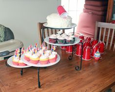 Red Solo Cup Party with cupcakes and a party hats made from red solo cups. Red Cup Party, Red Solo Cup, Airplane Party, My Son Birthday, Simple Rose, Minion Party, Hat Making, Party Hats, Birthday Party Themes