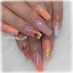 How to make a pretty Christmas tree pattern easily - My Nails Dope Nails, Swag Nails, Colorful Nail Designs, Nail Art Designs, Diy Long Nails, Peach Nails, Thanksgiving Nails, Fall Acrylic Nails, Manicure E Pedicure