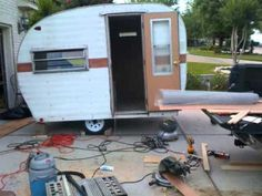 Amazingly Cute Vintage Camper Restoration - Really love this video/restore, its what got us excited about restoring our vintage camper