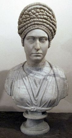Roman woman from Trajan era 98-117 ca from the Farnese Collection, now in…