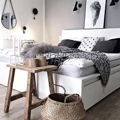 ⠀ // Good morning everyone ☀️/ Plenty of details but our # favorite is the wallprint / What is yours? / Be a part of our family and tag your photo with #mynordicroom  //⠀ Photo credit: @kajastef ⠀⠀ .⠀ .⠀ .⠀ Don't miss out on your daily Nordic interior design and lifestyle inspiration! Follow us on Facebook  / Link in bio  ⠀ .⠀ .⠀ .⠀ #finahem #nordicdesign #nordicliving #homedecor #nordicinspiration #minimalistic #nordiskehjem #nordic #design #interior4all #interior123 #interior_magasi...