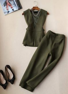 Hijab Fashion, Fashion Outfits, Womens Fashion, Conservative Outfits, Trouser Outfits, Short Summer Dresses, Classic Suit, Hijab Outfit, Women's Summer Fashion
