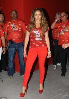 Jennifer Lopez enjoys the carnival at Rio De Janeiro