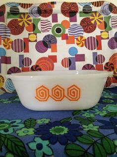 Retro 1960's 70's Crown Pyrex Australia Square Casserole Dish Orange Scroll