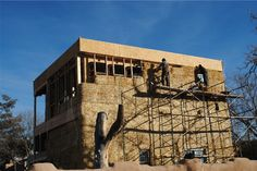 Paja Construction - Expanding Old home with Straw Bale Construction