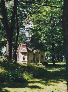 :) future house