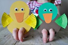 From duck finger puppets to little ladybugs, celebrate the season with these easy spring crafts for kids Duck Crafts, Bear Crafts, Animal Crafts, Puppets For Kids, Hand Puppets, Finger Puppets, Preschool Crafts, Kids Crafts, Diy And Crafts
