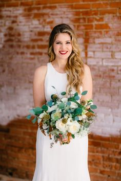 #monroepearson #denton #dentoning #dfw #industrial #warehouse #dentonbride #dentonwedding #newvenue #industrial #bride #bridal #dentonbride #texasbride #greenery #styledshoot #photoshoot #chic #love #wedding
