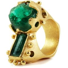 Paula Mendoza Silvia Raw Emeralds Ring ($875) ❤ liked on Polyvore featuring jewelry, rings, 24k ring, 24 karat gold jewelry, 24k jewelry, emerald jewelry and paula mendoza jewelry