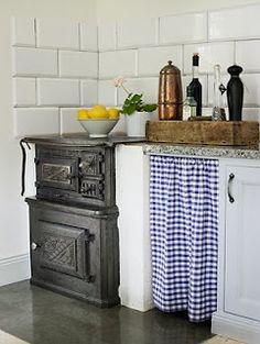 cute gingham wood burning stove #kitchen