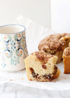 Blue Ribbon Coffee Cake - This is exactly what you want in a coffee cake: Moist, sweet, crunchy and cinnamon-y.
