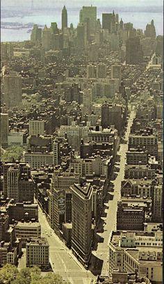 Vintage New York, Old And New, Manhattan, Vintage Photos, City Photo, Mid Century, Vintage Photography, Retro