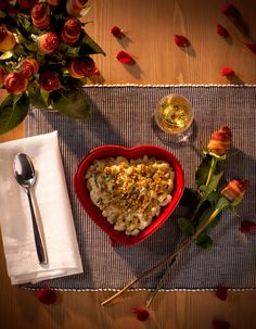 Valentine's doesn't need a fancy dinner reservation. Pop Stouffer's Mac & Cheese in the oven for a laid-back evening with your loved one! New Recipes, Favorite Recipes, Dinner Reservations, Group Meals, Mac And Cheese, Palak Paneer, Delish, Oven, Yummy Food