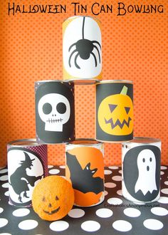 Make this DIY Halloween Bowling game on the quick and easy! Free Printable Labels to slap on the tin cans, then grab a ball and go! Great for all ages. Classroom Halloween Party, Halloween Cans, Fun Halloween Crafts, Outdoor Halloween, Holidays Halloween, Scary Halloween, Halloween Decorations, Halloween Ideas, Halloween Tricks